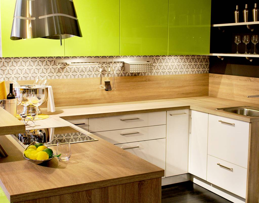 Melamine-formica-masonite-tops-pe-boards-and-timber